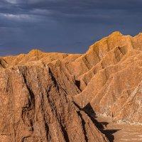 Свет и тени Долины Марса... :: Владимир Жданов