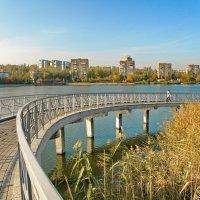 Городской пейзаж :: Валерий Тарасов