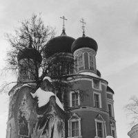 Зима в Некрополе Донского Монастыря. :: Andrew Barkhatov