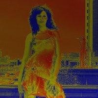 Оранжевая девушка... :: Андрей Хлопонин