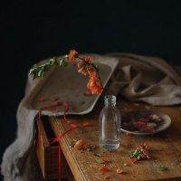 С красной лентой... :: Liliya