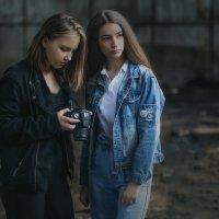 Две подружки :: Андрей Молчанов