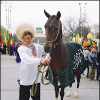 На празднике :: Ахмед Овезмухаммедов