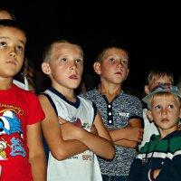 Есть чудо вечное на свете, и это чудо - наши дети! :: Андрей Заломленков