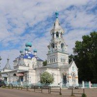 Покровский храм в Кирсе... :: Александр Широнин