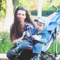 Прогулка с малышом :: Вера Бойко