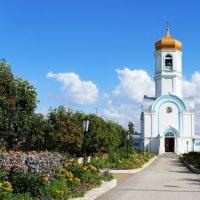 Женский монастырь в Колывани :: Рустам Илалов
