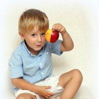 Какое яблочко :: Наталья Шанина