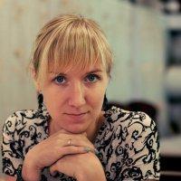 В кафе :: Евгений Чайковский