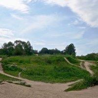 пересечённая местность Полежаевского парка :: Елена