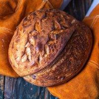 Хлеб из печи на закваске :: Наталья Филипсен
