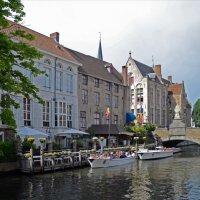 Лодочная пристань в Брюгге :: Нина Синица
