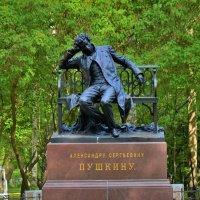 В тени Лицейского Сада... :: Sergey Gordoff