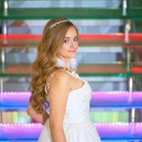 Девушка в платье. :: Zefir58 Verx