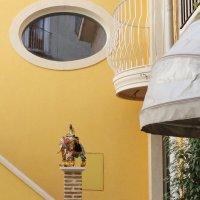 Сицилийский дворик. :: Виталий Бобров