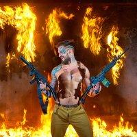 Мужчина с огнем и оружием. :: Zefir58 Verx