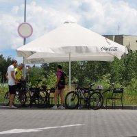 Приют велосипедистов...) :: Тамара Бедай