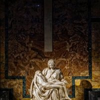 Пьета Микеланджело. Собор Св. Петра. Ватикан. :: Олег Кузовлев
