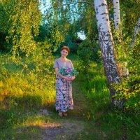 на лесной тропинке :: Василий Алехин