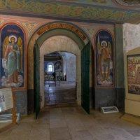Интерьер Борисоглебской церкви. :: Maxim Semenov