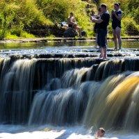 Тосненский водопад... :: Виталий Буркалов