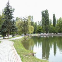 В  парке Гагарина :: Валентин Семчишин