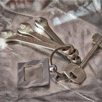 Брелок с ключами :: Василий Бобылёв