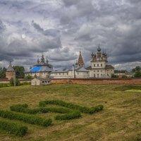 Кремль Юрьев-Польского :: Сергей Цветков