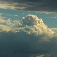Плывут по небу облака, а в них ... мечты...... :: Tatiana Markova