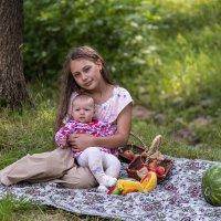 Сестрёнки... :: Виталий Буркалов