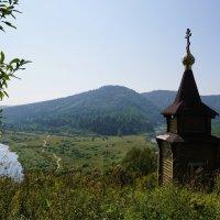 Часовенка на горе(Уст-Кабырза) :: Наталия Григорьева