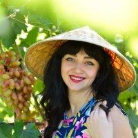 Катерина. Девушка в винограднике. :: Раскосов Николай