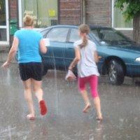 Убегая от дождя... :: Mariya laimite
