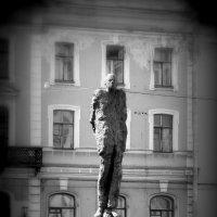 Памятник академику Сахарову А.Д. :: Светлана Захаренко