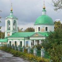 Храм Живоначальной Троицы на Воробьёвых горах :: Елена Данилина