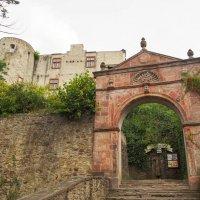 Вход в старую крепость :: Witalij Loewin