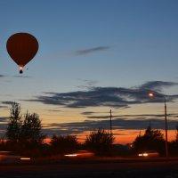Полет над вечерним городом :: юрий Амосов