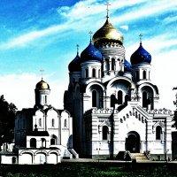 Церковь в Дзержинском :: Денис Югай