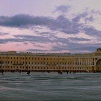 Панорама Дворцовой площади :: Валентин Яруллин