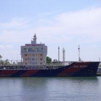 Порт Кавказ :: Александр Земляной