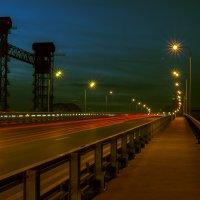 Город.Ночь.Мост. :: Олег Сахнов