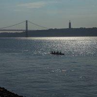 Лиссабон. Мост 25 апреля. :: Василий Гущин