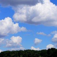 Облака небывалые на лазоревом небе :: Gen Vel