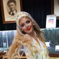 В Эстете. :: Саша Бабаев