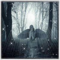 Скорбящий Ангел :: Ирина АЛЕКСАндрович