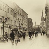 Осень на Никольской улице. :: Дмитрий Блинков