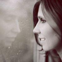 Мы часто за улыбкой прячем грусть.. :: Татьяна Tati