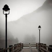 Туман над озером :: Sergej Lopatin