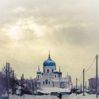 К храму :: Геннадий Русских