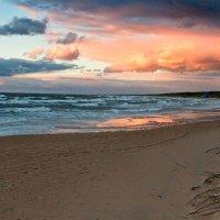 Вчера на закате штормило 4 :: Виталий Латышонок